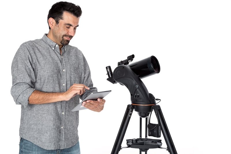 Universal telescope camera lens holder connecting inch phone